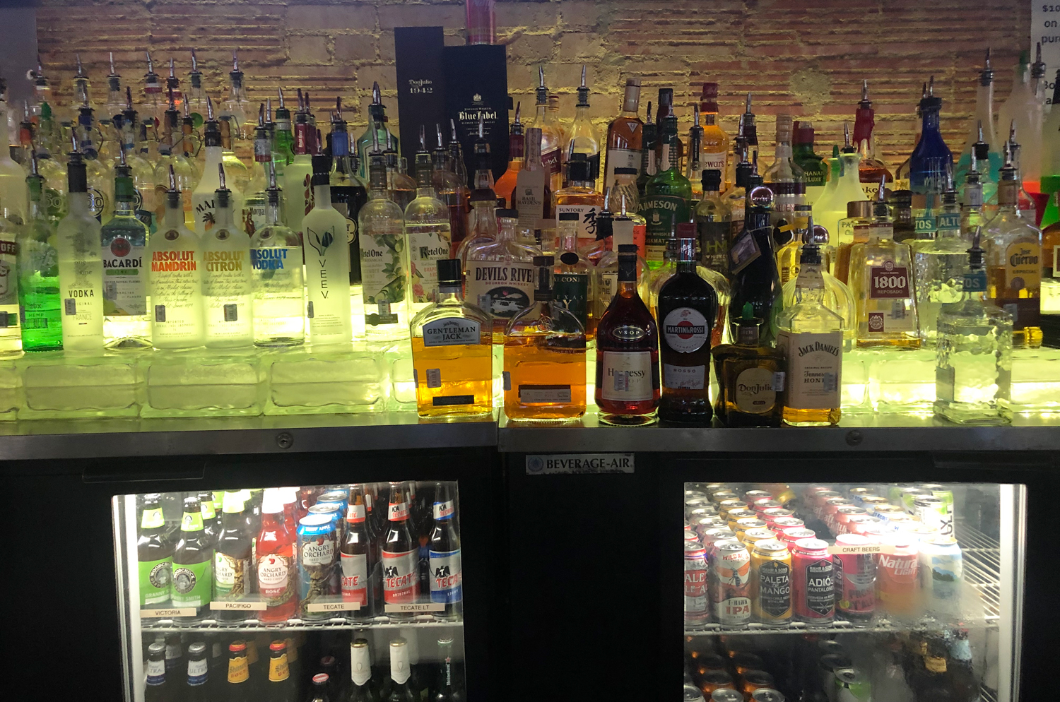 OT Tavern - Sports Bar - Dallas, Texas - Huge Selection - Great Prices